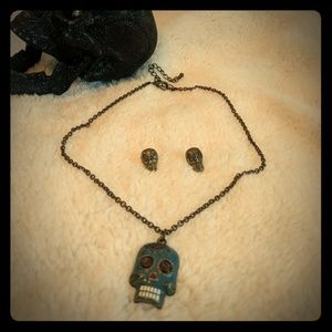 Skull necklace and earrings
